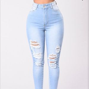1 HrSale 🚨NWT high waisted skinny jeans